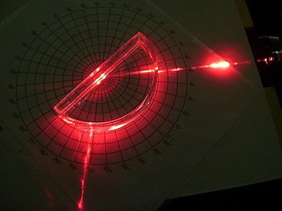 red laser blox refraction
